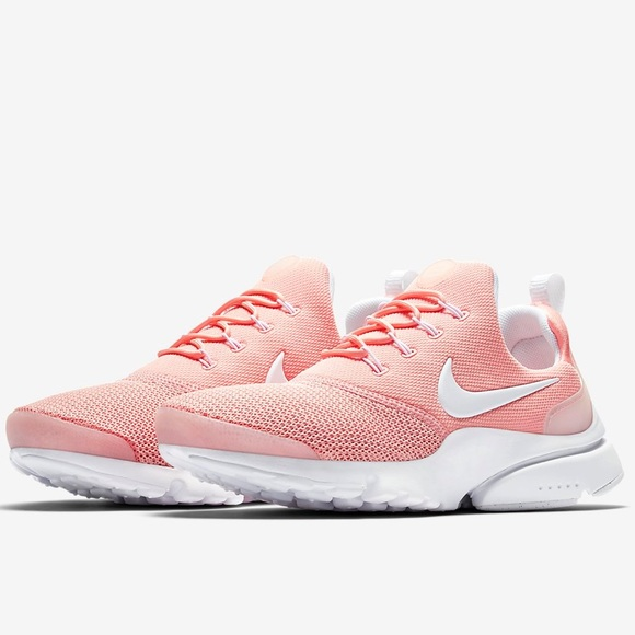 Nike Shoes - ✔️ New✔️ NIKE coral stardust Presto Fly